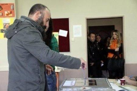 Звезды и выборы в Турции