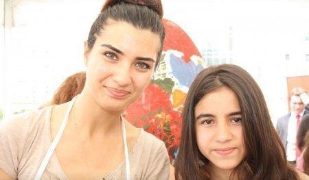 Успешная актриса Туба Бюйюкюстюн станет послом доброй воли от ЮНИСЕФ Турции