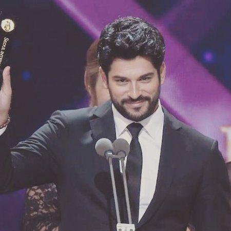 Сериал «Черная любовь / Kara Sevda» получила престижную награду из Сеула!
