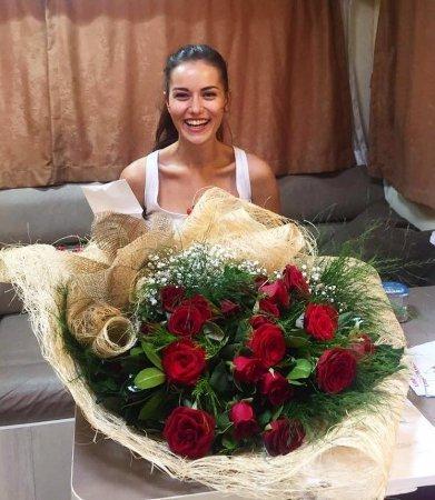Фахрийе Эвджан: Источник счастья на моем лице – Бурак Озчивит