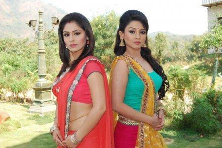 Индийский сериал: Нектар безумия / Amrit Manthan (2012)