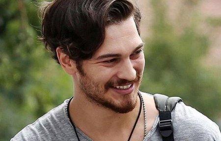 Биография: Чагатай Улусой / Çağatay Ulusoy – турецкий актер и модель