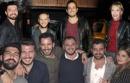 Турецкий актер Барыш Ардуч отпраздновал 29-летие