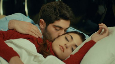 Любовь не понимает слов / Aşk Laftan Anlamaz 17 серия, содержание и фото