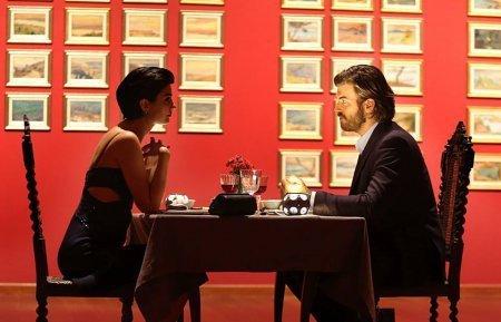 Романтический ужин в галерее