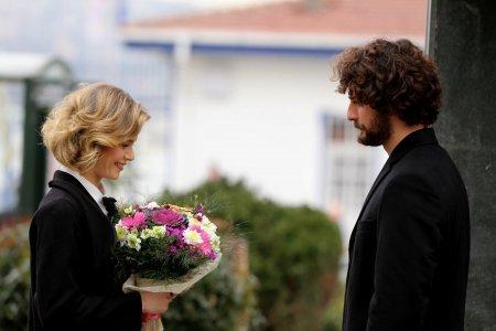 Песня жизни / Hayat Şarkısı 43 серия фото и содержание