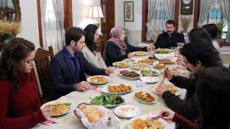 Шторм ласточки / Kırlangıç Fırtınası 2 серия описание и фото