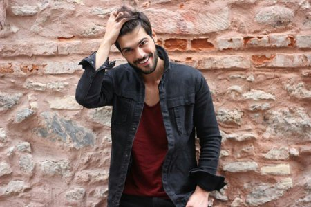 Биография: Толга Менди / Tolga Mendi – турецкий актер