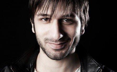 Биография: Усхан Чакыр / Ushan Çakır - турецкий актер