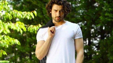 Биография: Альп Навруз / Alp Navruz – турецкий актер
