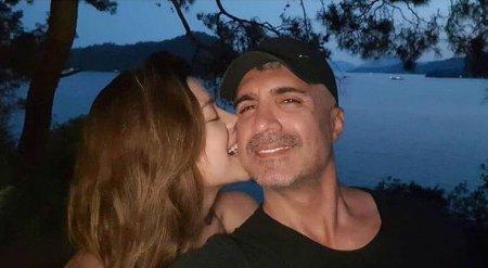 Озджан Дениз поехал на отдых с семьей
