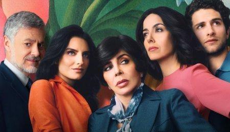 Netflix запустил трейлер сериала с Вероникой Кастро «Цветочный дом»