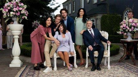 «Цветочный дом»: 10 причин по которым стоит посмотреть сериал