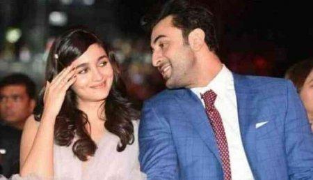 Ранбир Капур и Алия Бхатт счастливы вместе