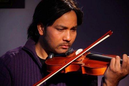 Биография: Яш Кумар /  Yash Kumar – индийский актер и певец