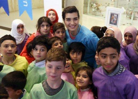 Туба Бюйюкюстюн встретилась с сирийскими детьми