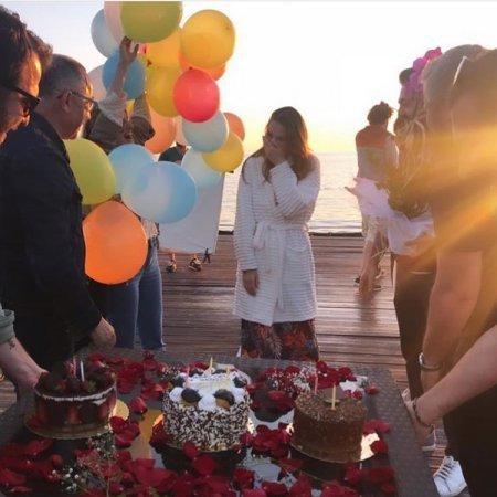 Мурат Боз организовал сюрприз для Аслы Энвер