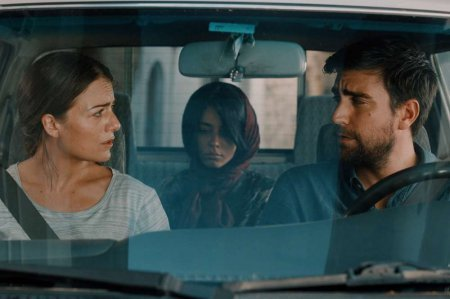Турецкий фильм: Ты пахнешь как моя дочь / Kizim Gibi Kokuyorsun (2019)
