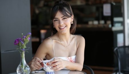 Биография: Аслыхан Малбора / Aslihan Malbora – турецкая актриса