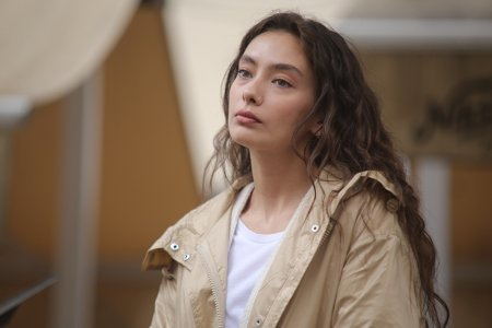 Дочь посла / Sefirin Kizi – 1 серия, описание и фото