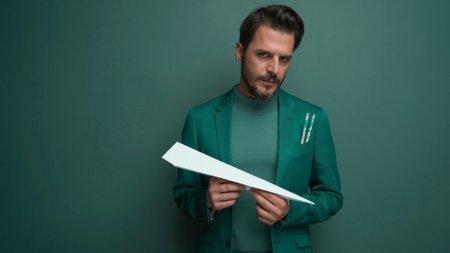 Кого из турецких актеров Мехмет Гюнсюр терпеть не может?