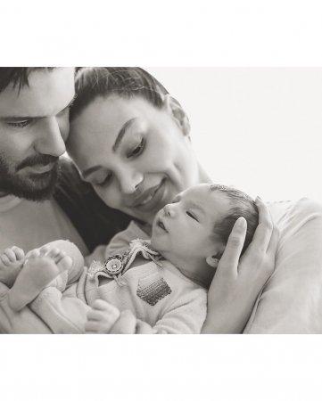 Альмеда Абази о своей семье