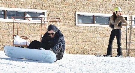 Ханде Эрчел и Мурат Далкылыч наслаждаются зимними каникулами