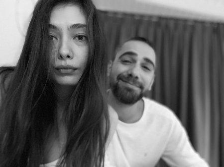 Как Неслихан Атагюль и Кадир Догулу отмечают друг друга в Instagram