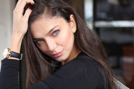 Биография: Джерен Йылмаз / Ceren Yilmaz – турецкая актриса