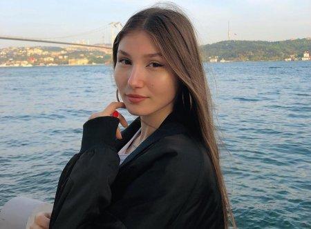 Илайда Акдоган застряла в Иране из-за коронавируса