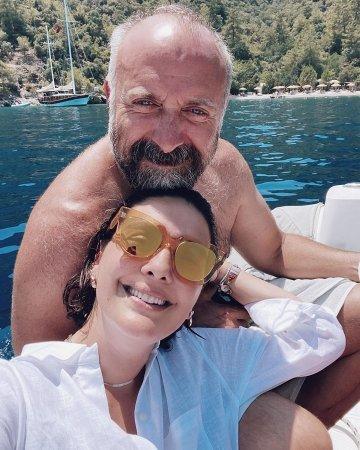 Халит Эргенч и Бергюзар Корель – пример для подражания