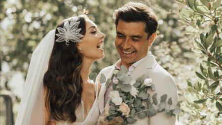 Джансель Эльчин и Зейнеп Тугче Баят отложили медовый месяц
