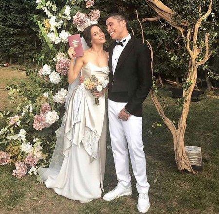 Ойкю Караэль беременна