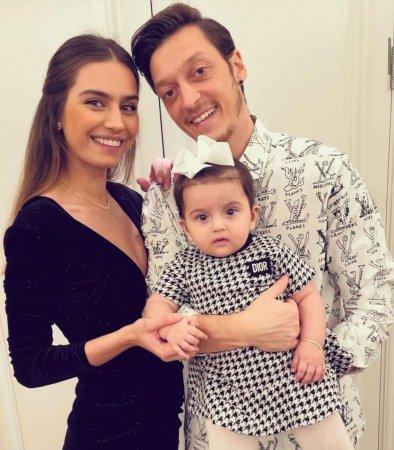 Новогодние фото турецких актеров