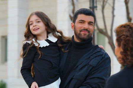 Дочь посла / Sefirin Kizi – 40 серия, описание и фото