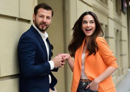 Турецкий сериал: Случайная любовь / Kazara Ask (2021)