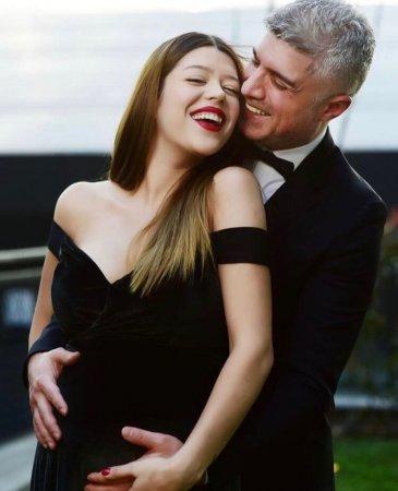Озджан Дениз и Фейза Актан раскрыли подробности своего скандального брака